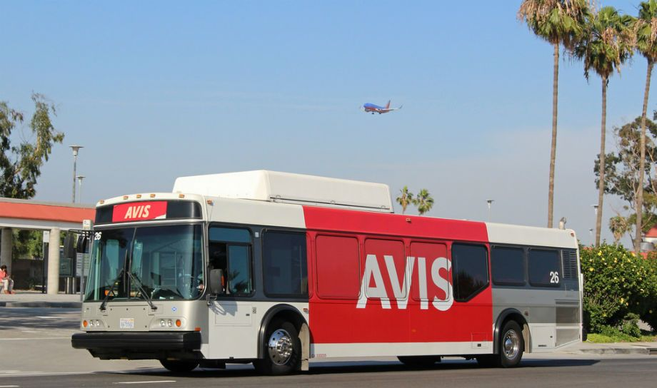 Retornar auto Avis Los Ángeles LAX